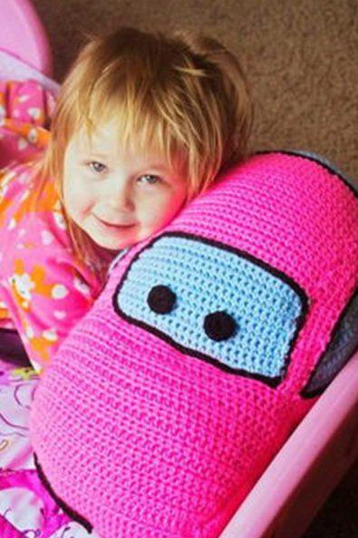 grandmas-square-crochet-pillow