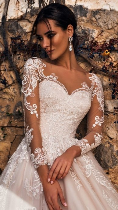 40-exciting-wedding-dresses-seen-in-real-brides