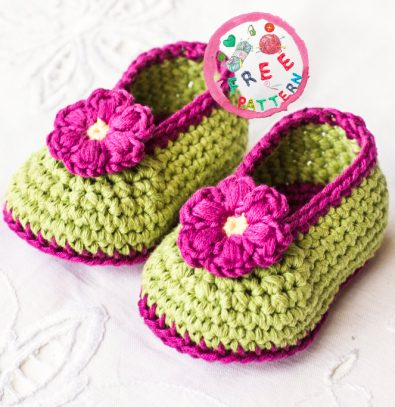 fairy-blossom-baby-booties-free-crochet-pattern-2020