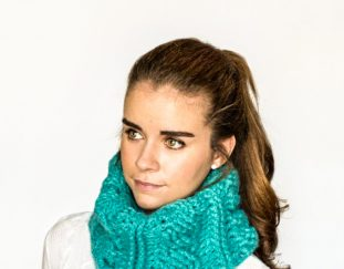 cabled-cowl-free-crochet-pattern-2020