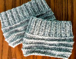 easy-knit-boot-cuffs-free-pattern-2020
