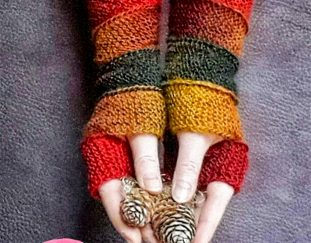 cozy-autumn-fingerless-gloves-free-crochet-pattern
