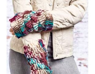 cozy-dragon-scale-mitts-free-knitting-pattern-2020