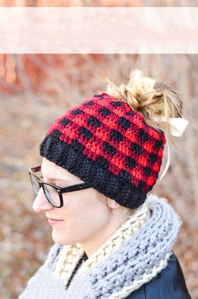 crochet-plaid-bun-hat-free-crochet-pattern