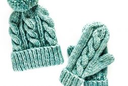 classic-cable-pattern-hats-and-gloves-free-knitting-pattern
