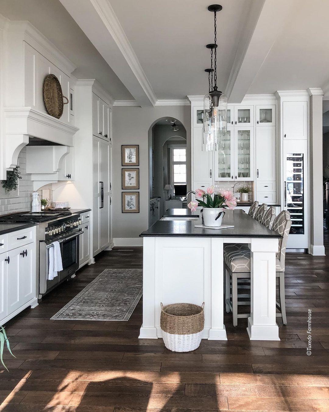 Peninsula Type Kitchen